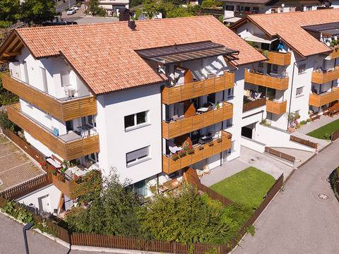 "Complesso residenziale ""Residence Tirol"""